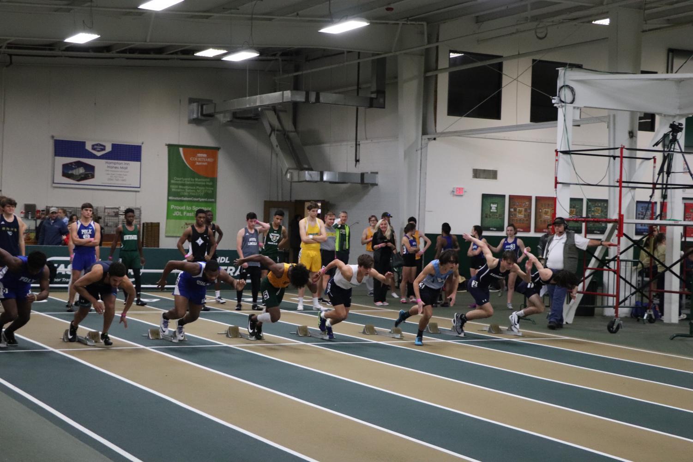 Runners hear the sound to start running!