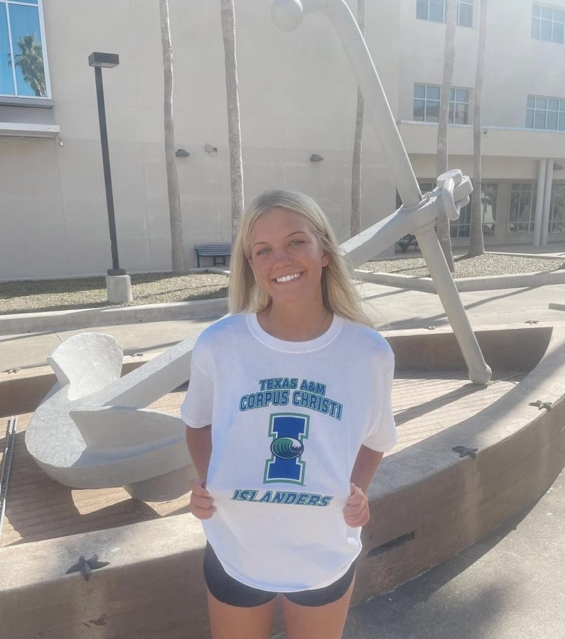 Senior, Halle Gibson commits to Texas A&M University-Corpus Christi to continue her volleyball career