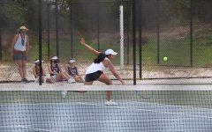 Womens Tennis battles Apex Friendship in Close Match
