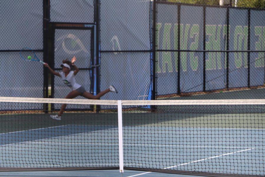 Tennis+Team+Win+Streak+Snapped+by+Green+Hope