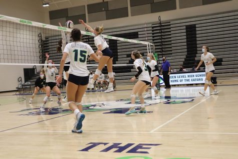 Ava Toppin with a spike in the second set.
