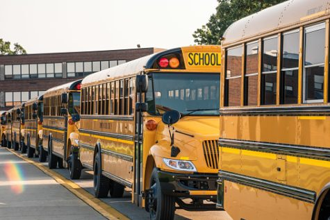 Students who take the bus are usually on time, but those who drive or use carpool can fall behind. Image from Unsplash.
