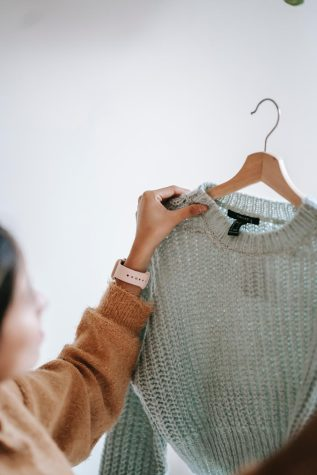Brandy s tops might be nice, but their policies arent. Picture from Pexels.