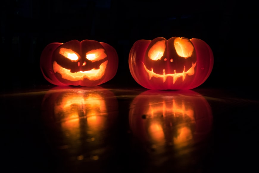 Are+we+aging+out+of+Halloween%3F+Image+from+Unsplash.
